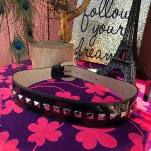 Betsy Johnson Black stud chunk patent leather belt